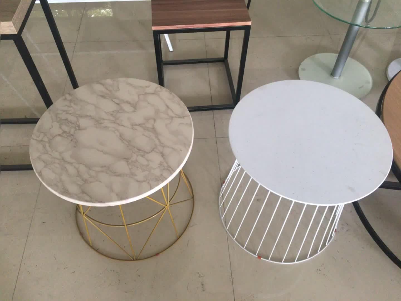 Salle à manger meubles table à manger ronde en bois avec base en métal en gros