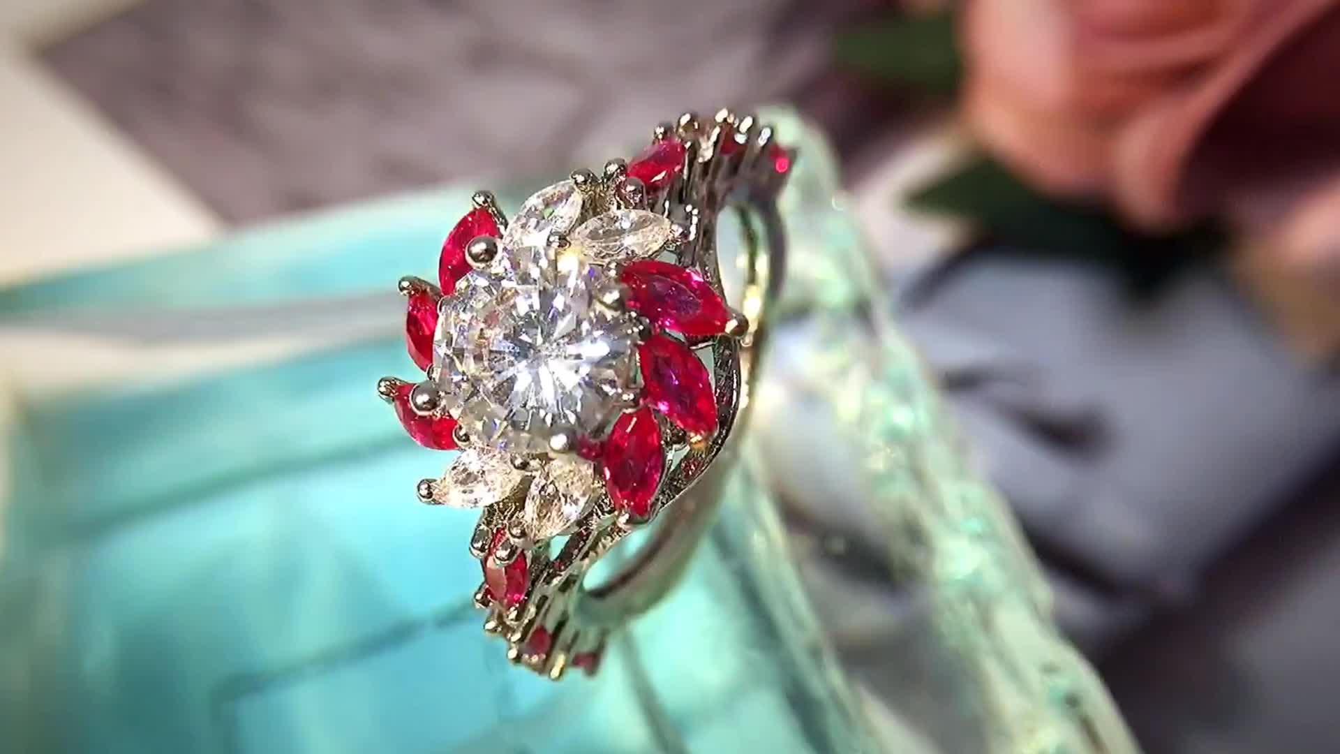 ความหนาแน่นสูงเครื่องประดับทับทิมพลอยแหวนสำหรับงานแต่งงาน