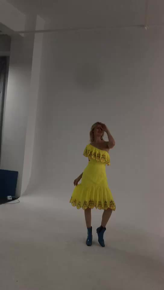 2020 pleated designs embroidery women summer one shoulder yellow casual dress