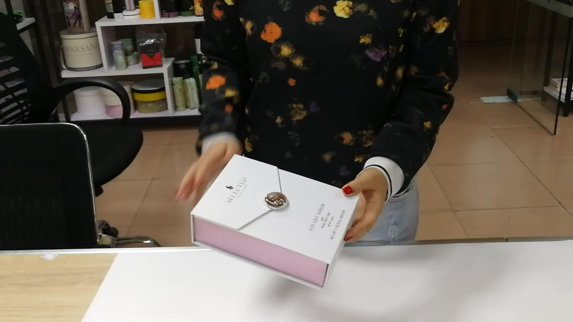 Piastra del metallo di colore bianco di alta qualità contenitore di regalo di imballaggio di carta con schiuma EVA vassoio