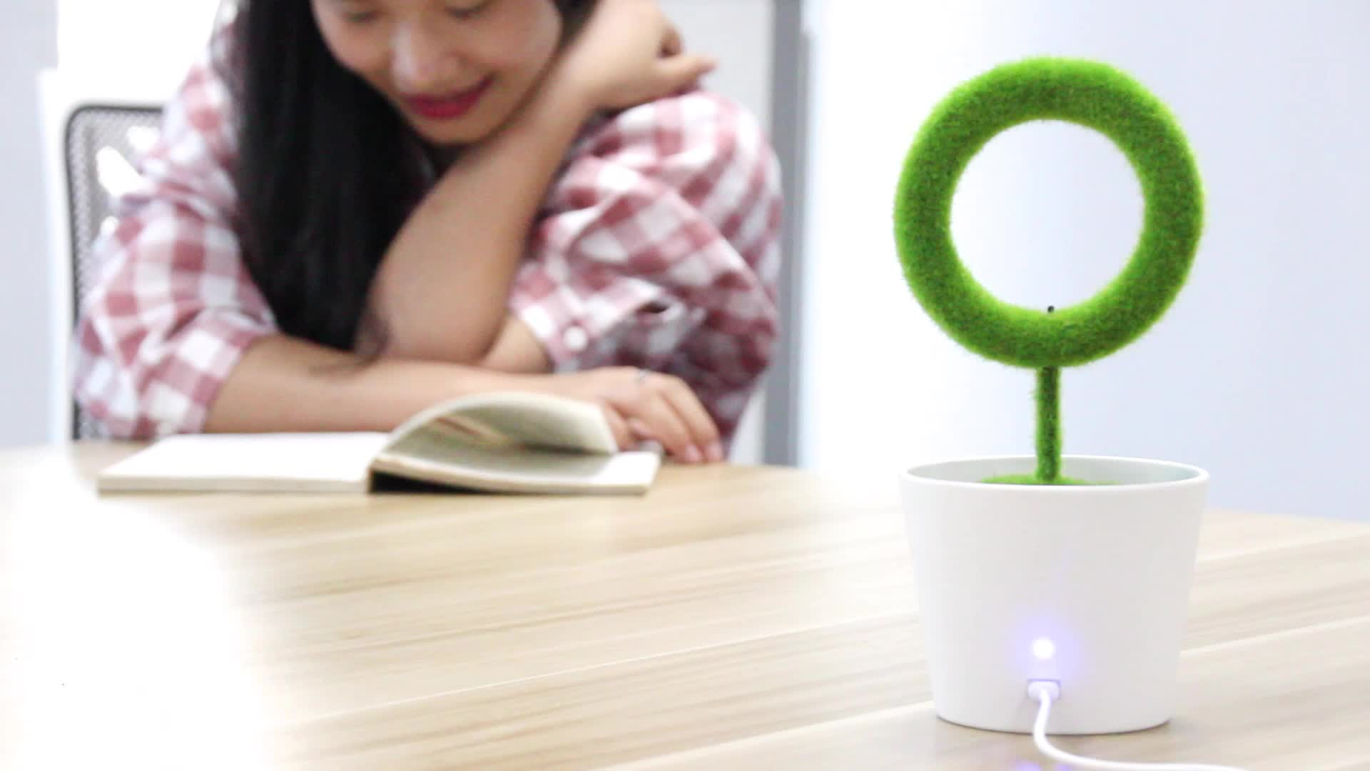 Latest Product 2020 Negative Ions Green Plant Air Purifier JO-732 Unique Promotional Christmas Office Gift Set
