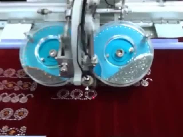 Computer control full automatic high speed one head two color ultrasonic rhinestone transfer machine