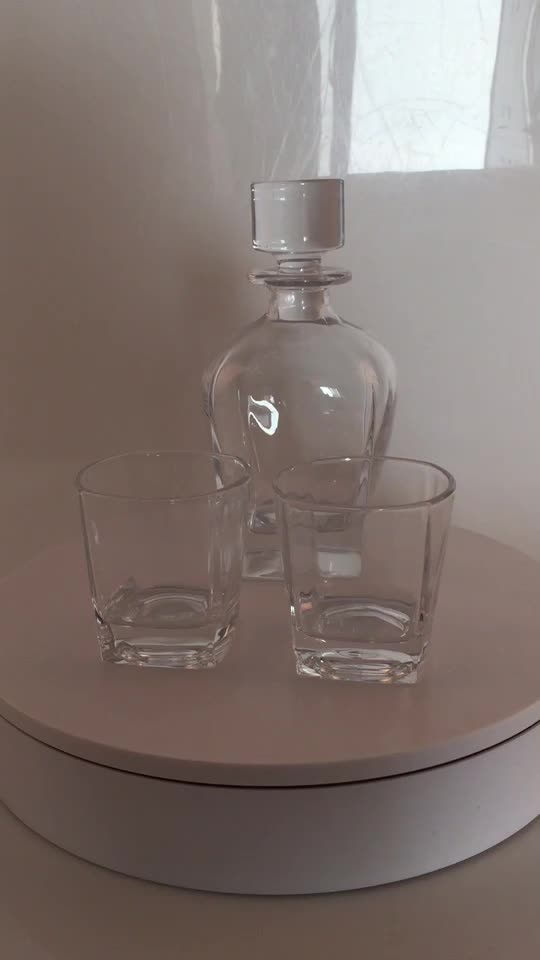 24 OZ Piazza Whisky Decanter set con 4 bicchiere di whisky