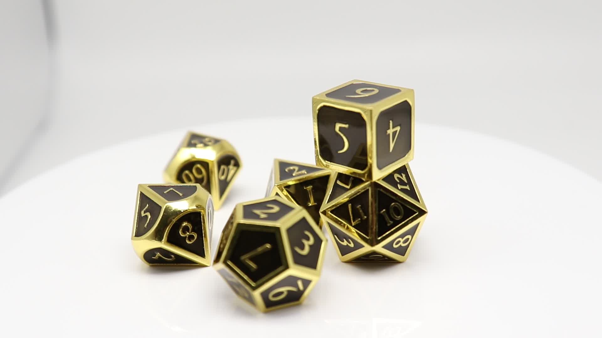 six color sided polyhedral side shoot metal silver dice shaped seven