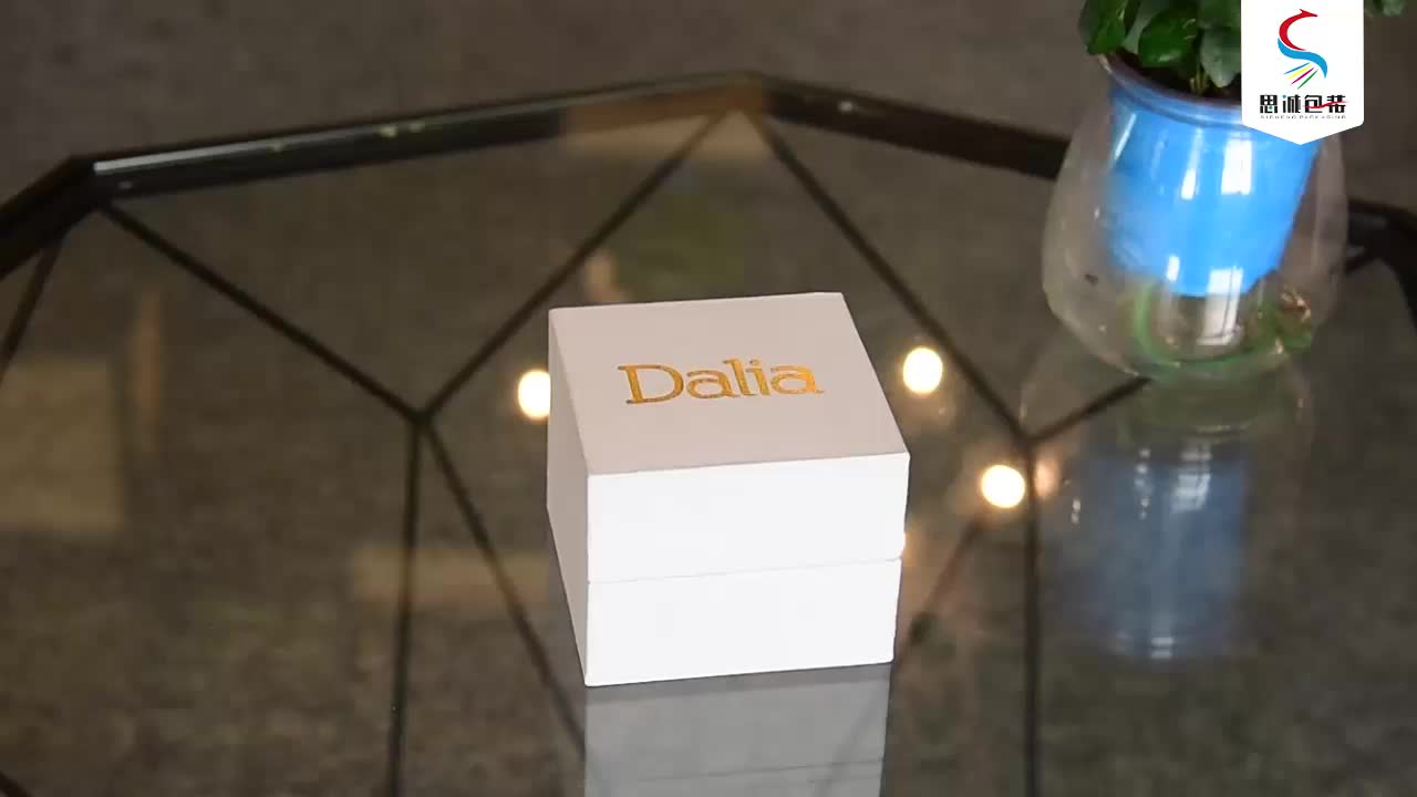 High Quality Luxury Custom Logo Cardboard Square Rose Gift Paper Flower Boxes Packaging