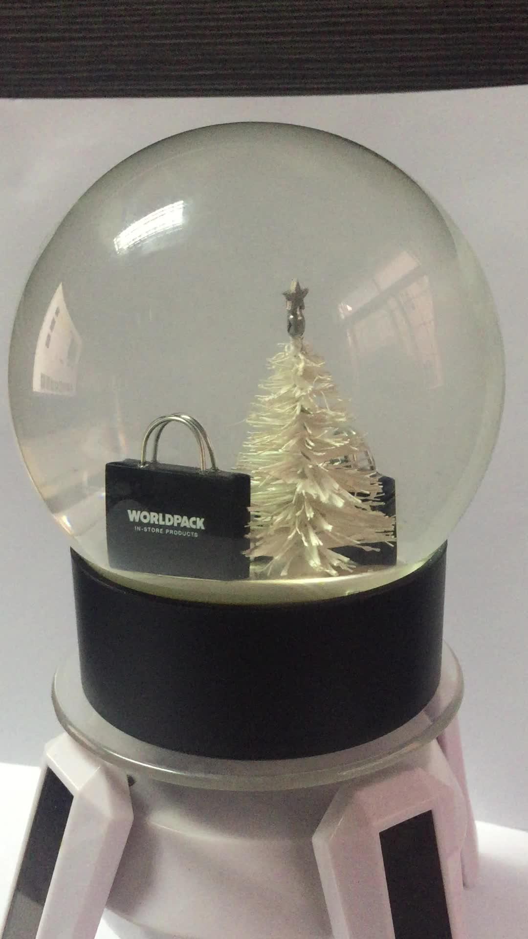 Factory custom glass souvenir snow globe high quality resin material 3D interior glass snow globe