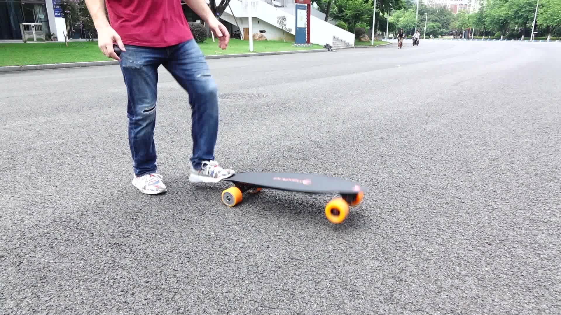 UE warehouse trasporto libero 90 millimetri ruote doppio motore oem impermeabile elettrico longboard evolve di skateboard