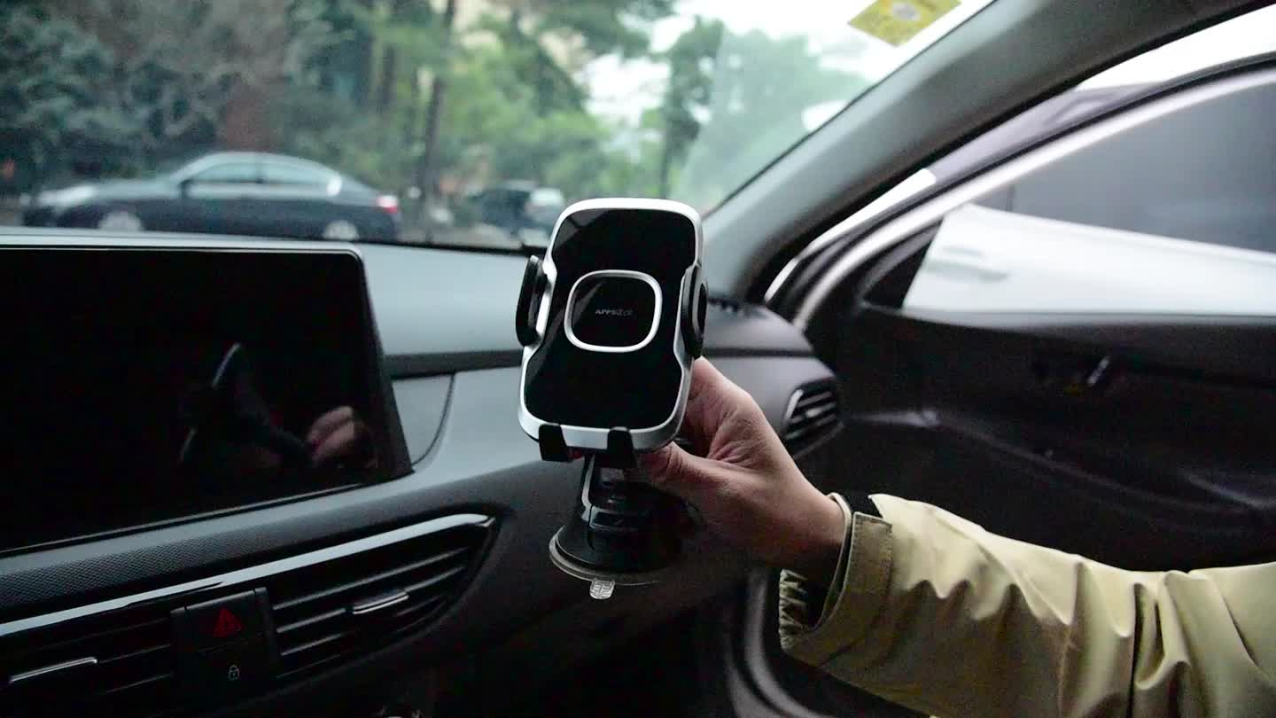 Leather grain one button released design telescopic arm suction cup car mobile phone mount holder