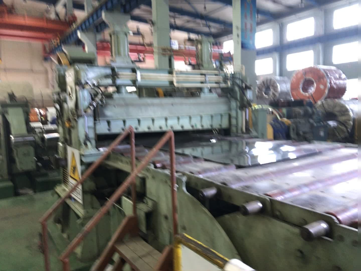 Stainless Steel 201 304 316 409 Plate/Lembar/Coil/Strip/201 SS 304 Din 1.4305 Stainless steel Coil Produsen