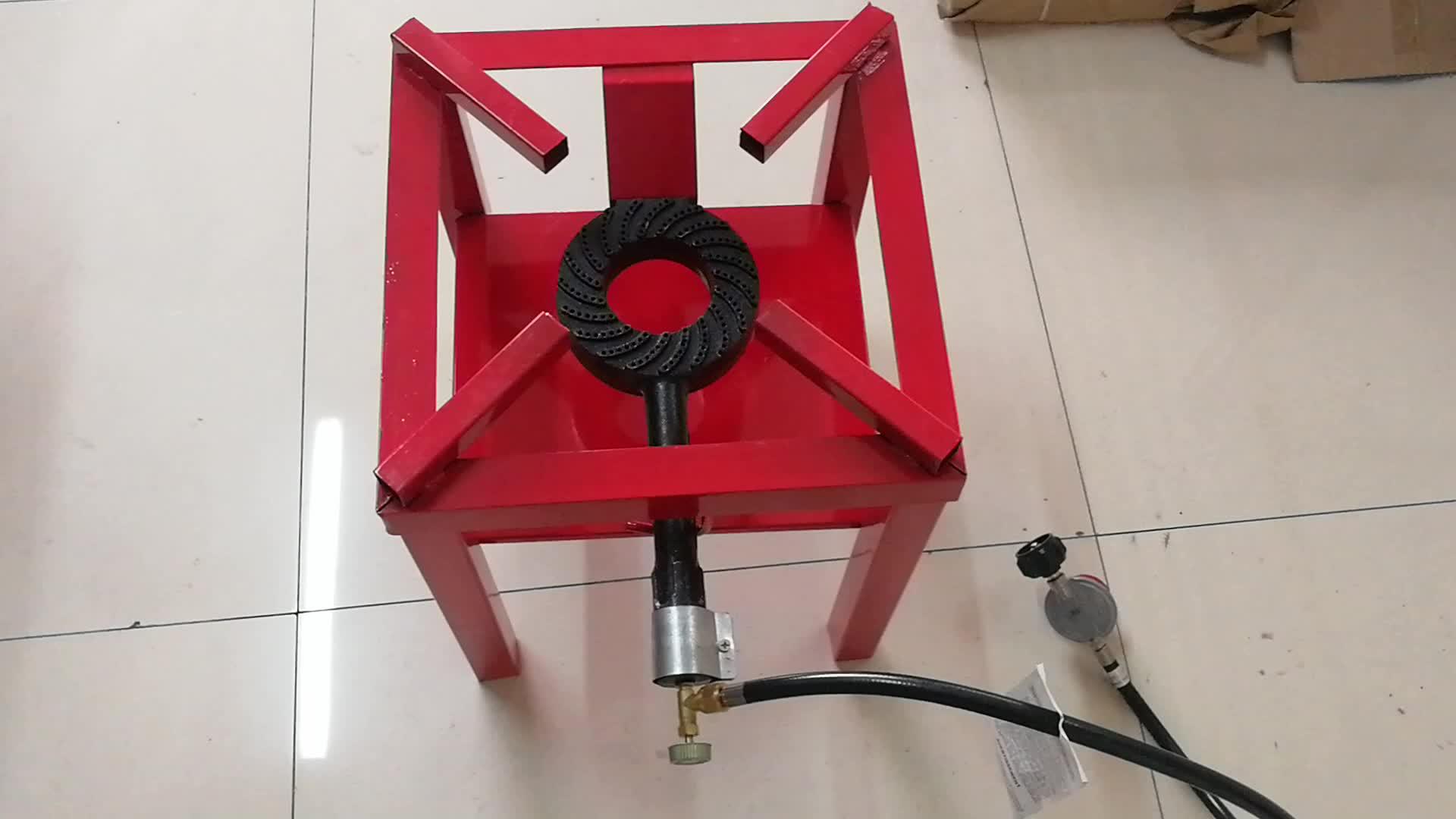 Lpg ガス炊飯器で CSA ホースとレギュレータ