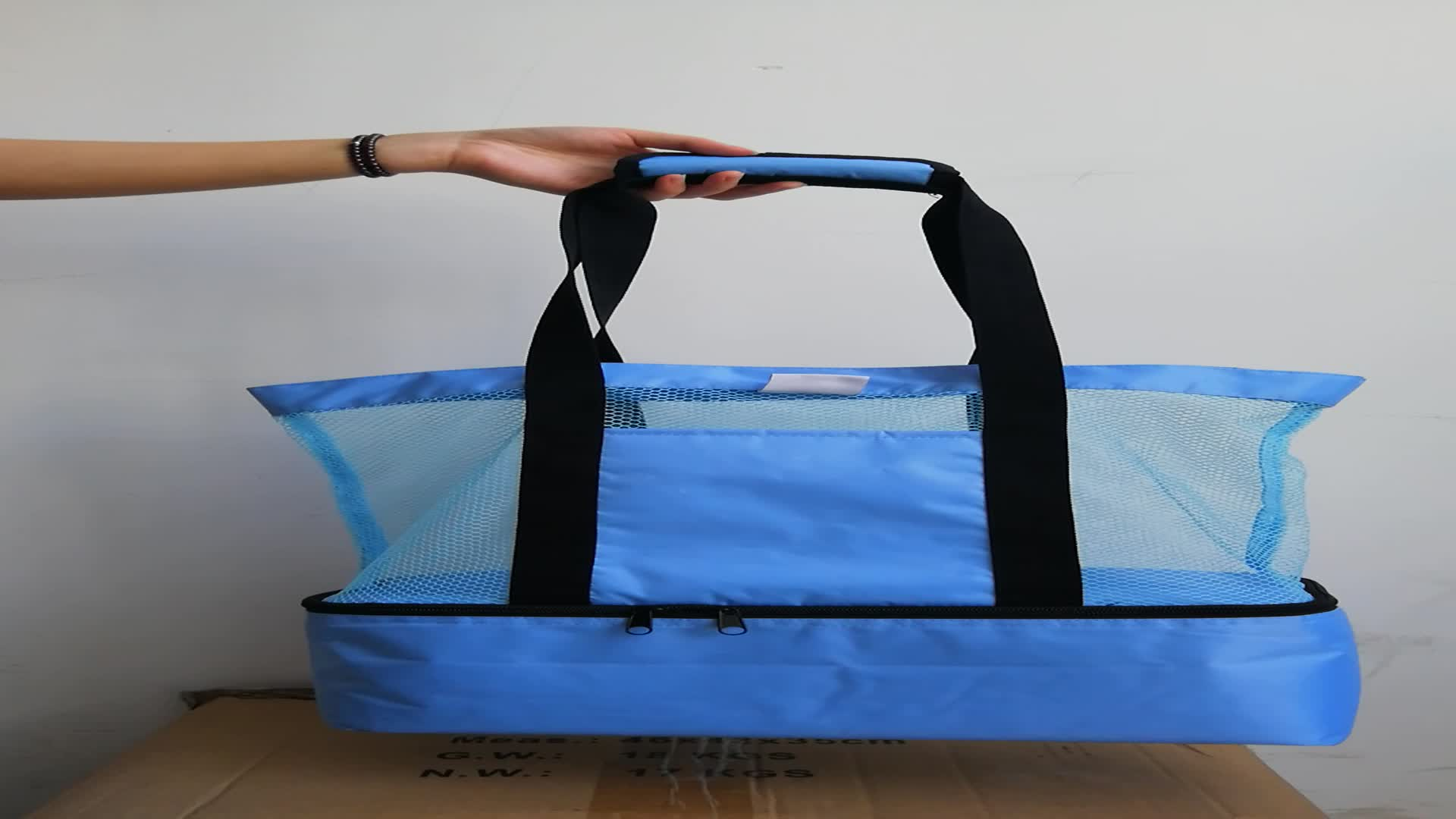 China Supplier Wholesale Turquoise Lightweight Mesh Tote Bag With Insulated Bottom Compartment