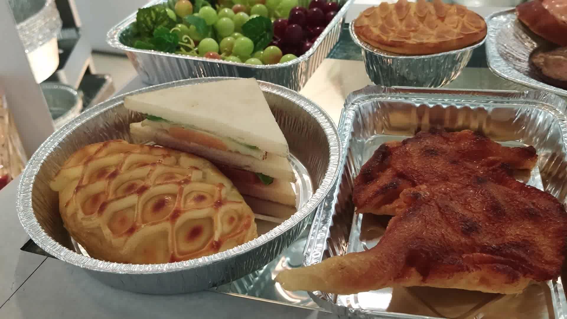 Gıda sınıfı tek kullanımlık küçük oval alüminyum folyo kek tavaları 325ml alüminyum folyo yiyecek kabı