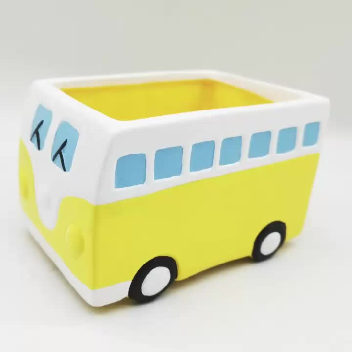 Racing car model bus  ODM OEM ceramic statue personality 3D emulation artificial  potted red blue lovely cute Kawaii  flower pot