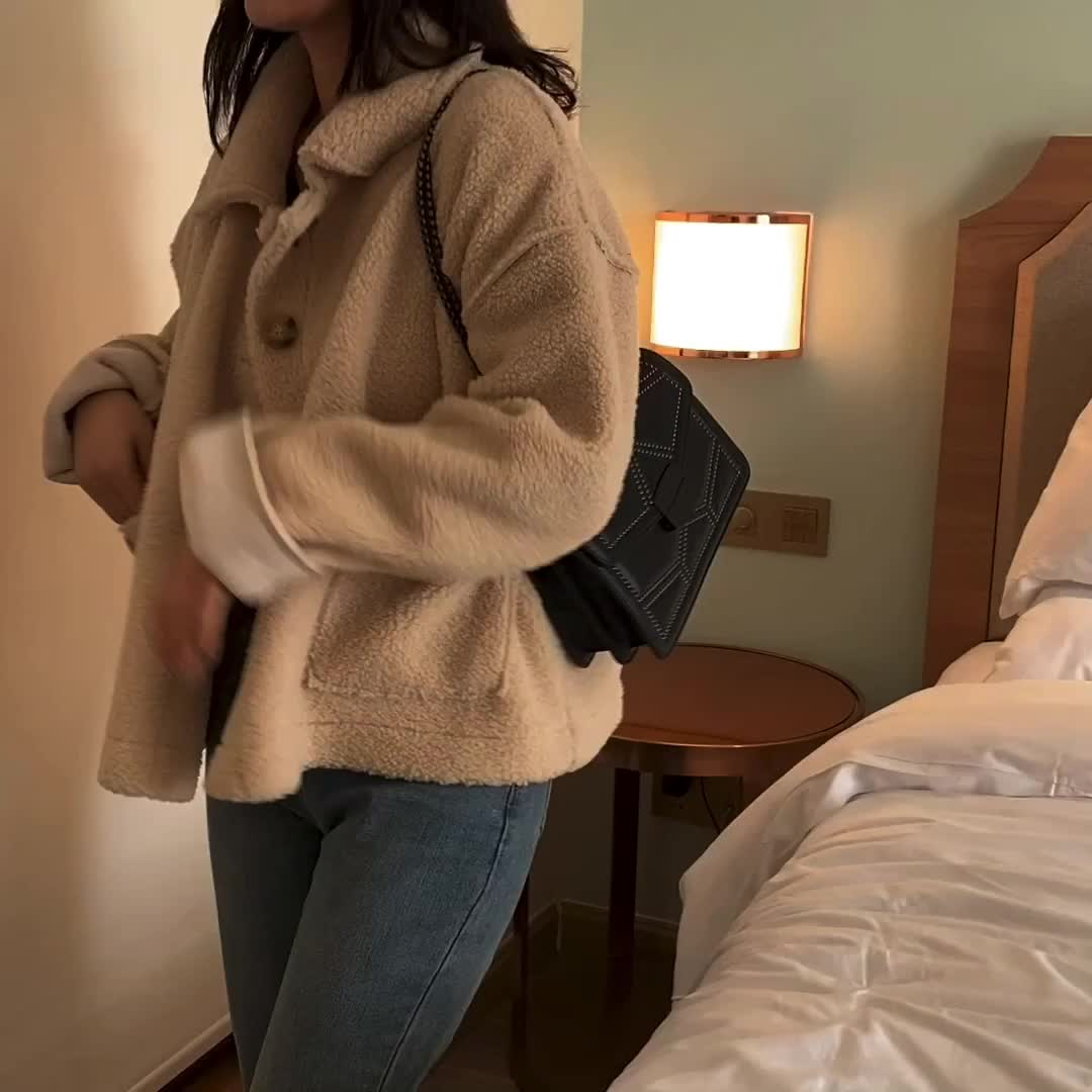 2019 Fashional ผู้หญิง Rivet กระเป๋าถือผู้หญิงกระเป๋ากระเป๋าไหล่เดี่ยว