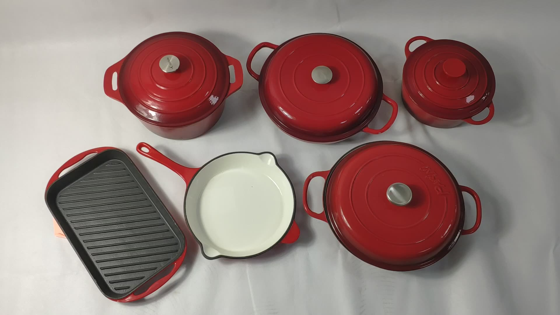Fashion design classic red flat-bottomed cast iron enamel BBQ grill cookware skillet steak pan fry pan with handle for cooking