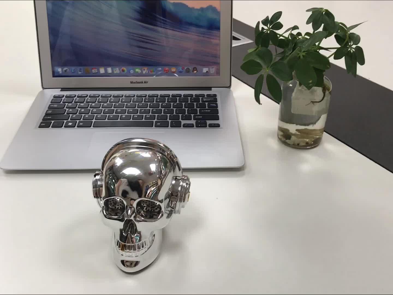 Bluetooth speaker with Led lamp Wireless Stereo Sound OneDer V7 Skull Head Speaker