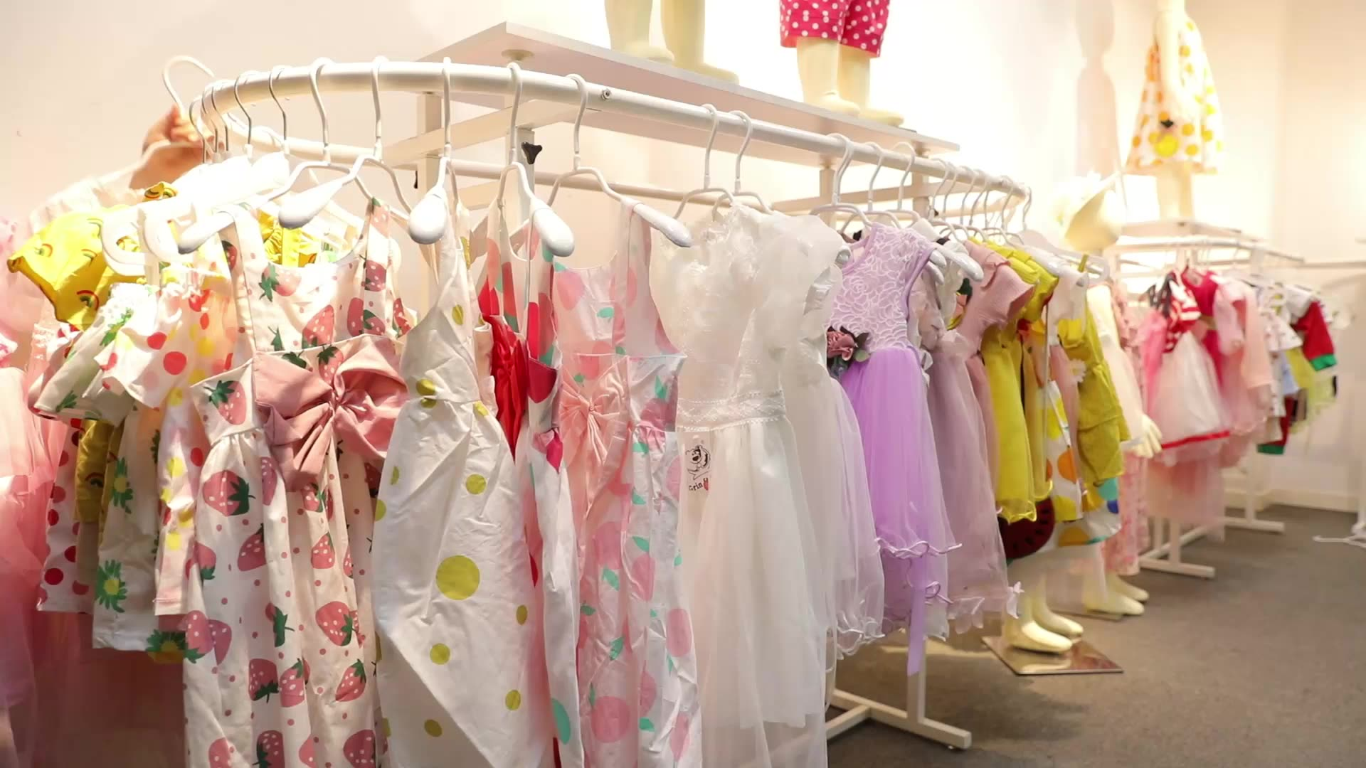 China 2020 spring dress kids baby new design girls one piece scalloped dresses girl Ball Gown floral dresses yellow pink white