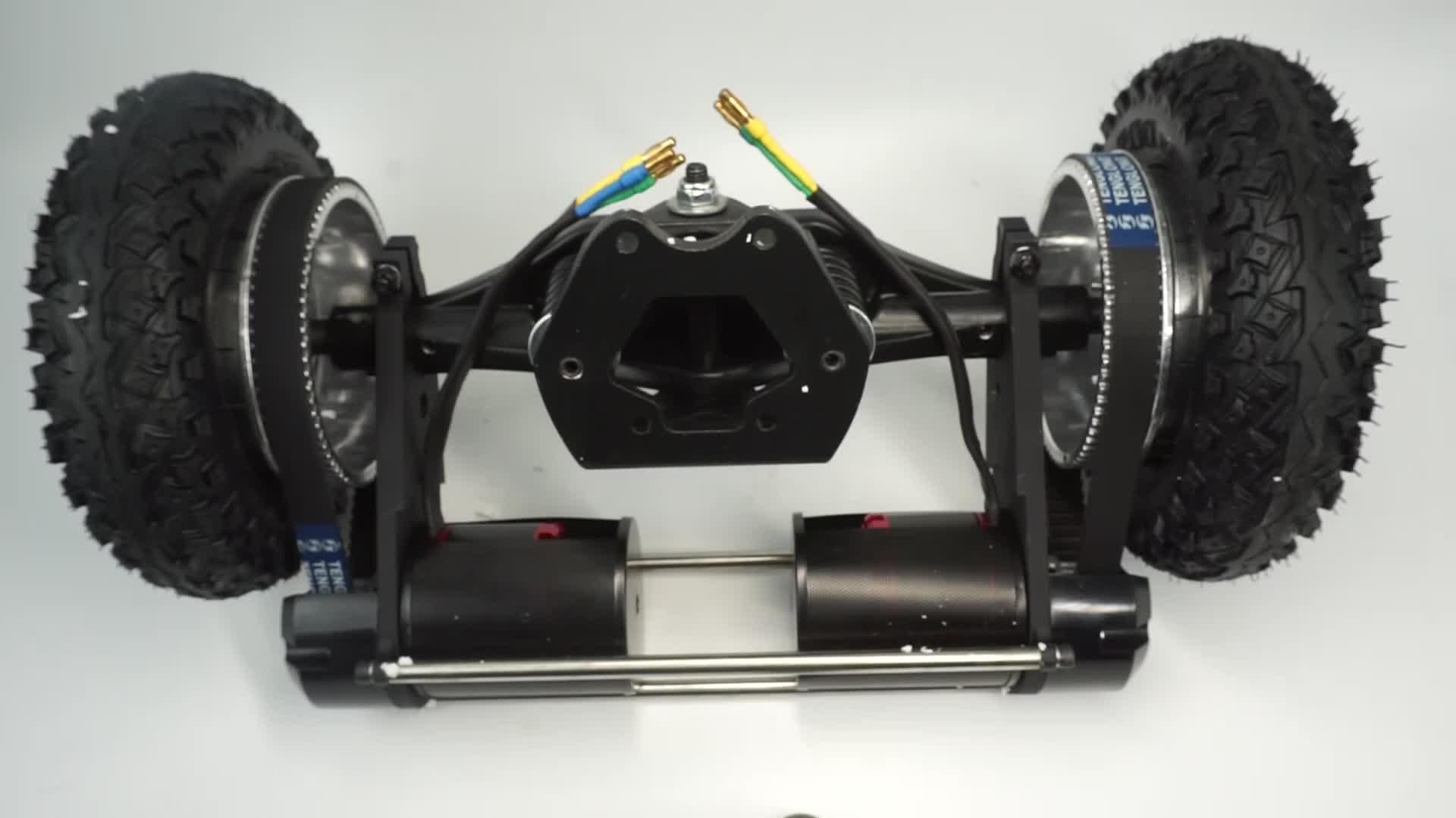 Kit pneumático Todos Os Pneus Do Terreno com 11 '''' Offroad caminhões + Motor BLDC 6374 + 8 Rodas para DIY skate Board