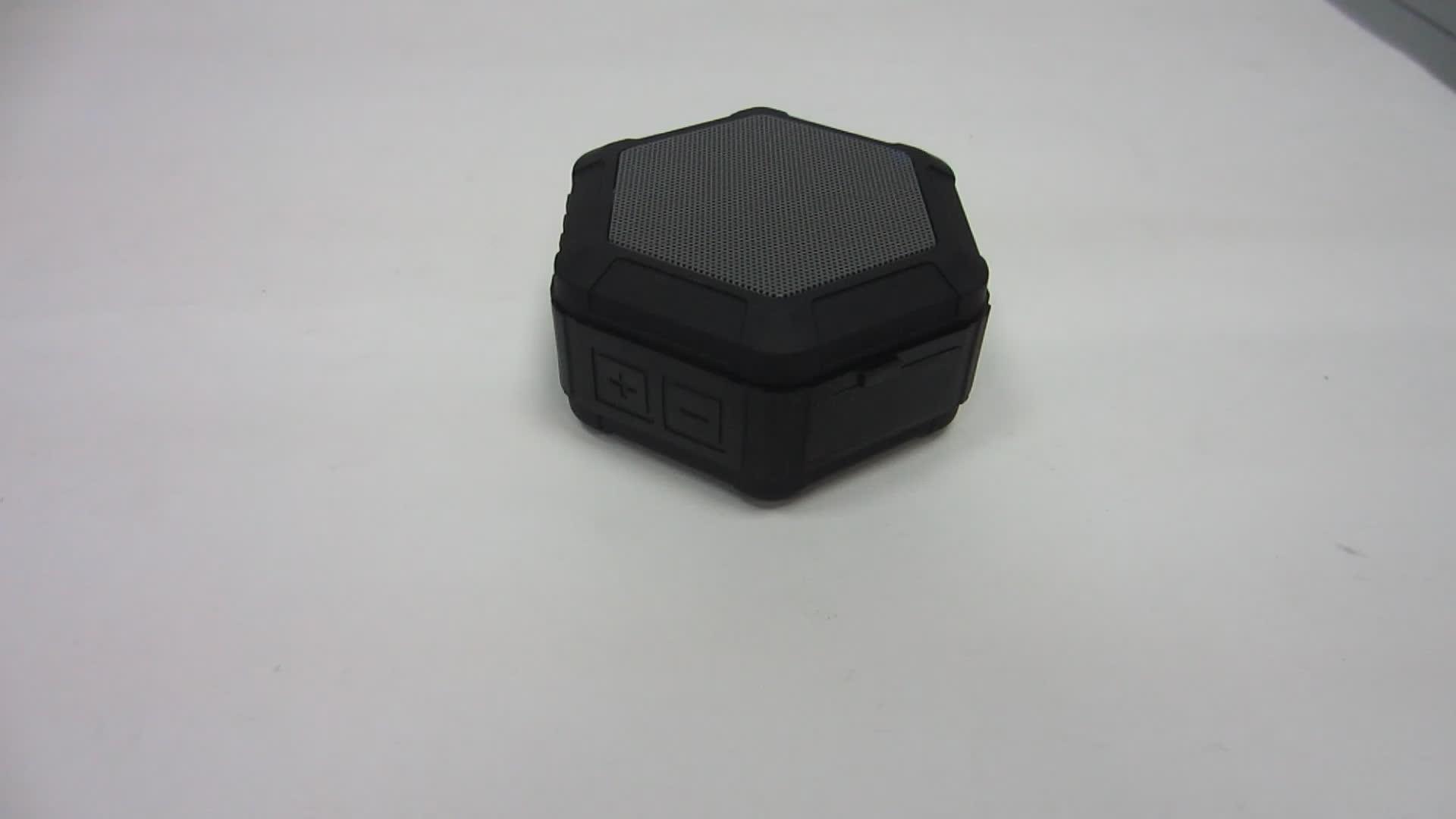 Venta caliente al aire libre mini portátil inalámbrico impermeable altavoz con gancho