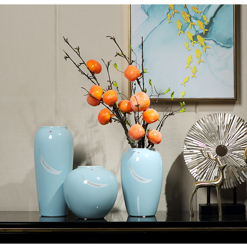 Ceramic vases, flower arranging is placed between I household dried flowers sitting room TV cabinet table example household soft adornment