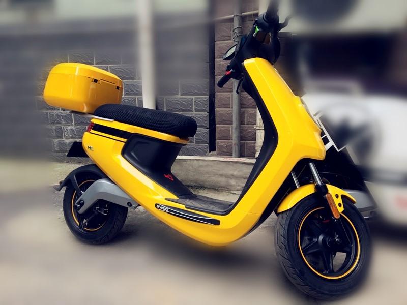 电动摩托车装饰轮胎贴纸鬼火踏板车贴花反光灵兽车轮贴迅鹰轮毂贴图片
