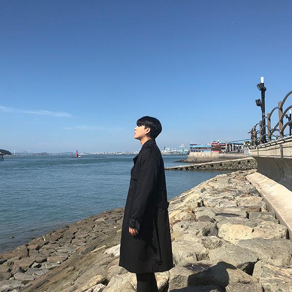 韩国代购男士风衣外套 潮男韩版时尚纯色双排扣中长款宽松风衣男