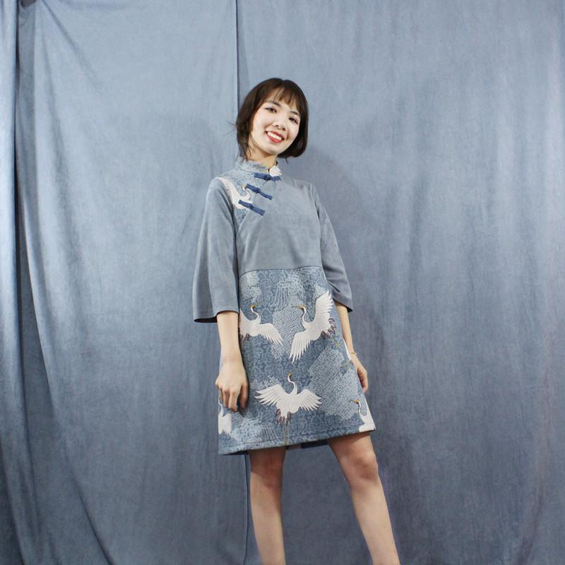 中式少女仙鹤中国风盘扣七分袖宽松复古立领套头旗袍连衣裙