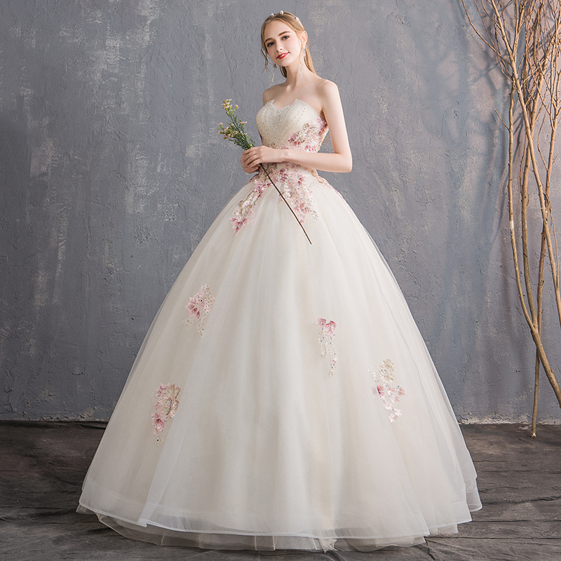 f47b36b1c30 ... Tube top wedding dress 2018 new Korean bride married simple princess  was thin large size champagne ...