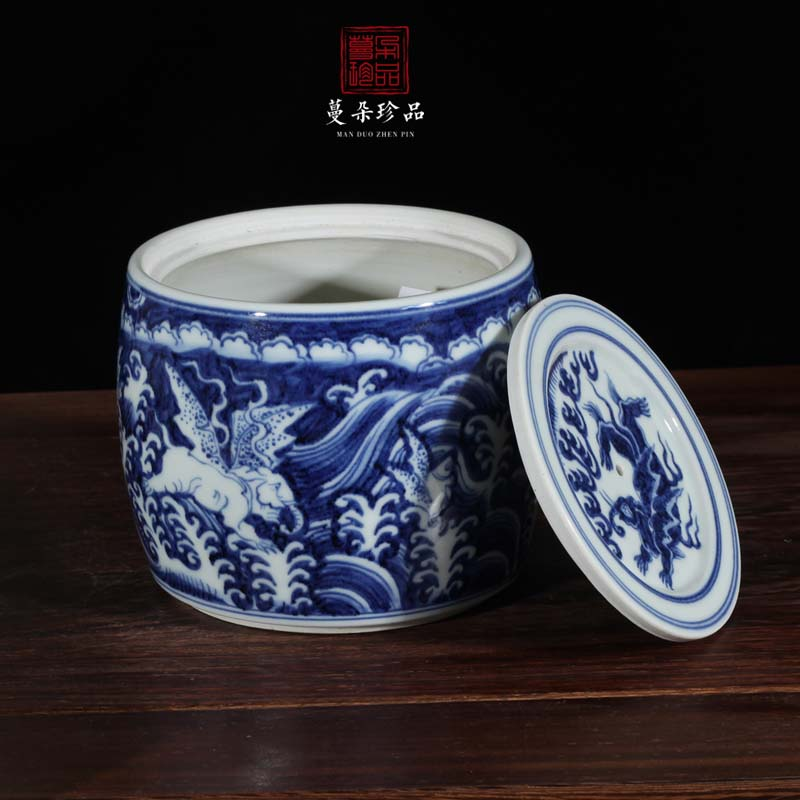 Jingdezhen hand - made as cans of blue and white porcelain dragon of dragon announce cricket cricket as cans