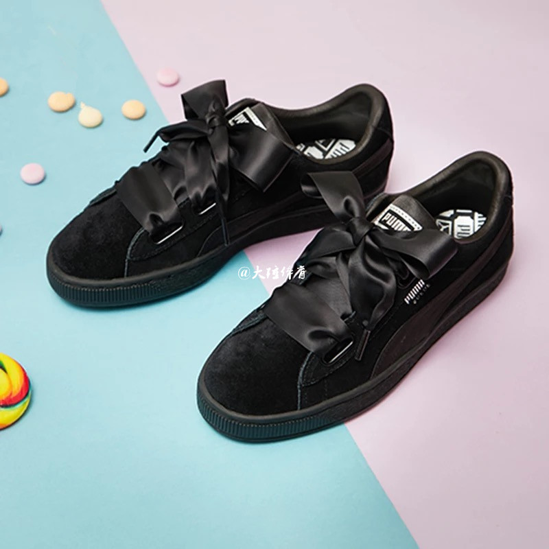 8136b93d725 PUMA PUMA SUEDE HEART powder suede bow ribbon woman Board shoes  366922-02-01. Zoom · lightbox moreview · lightbox moreview · lightbox  moreview ...