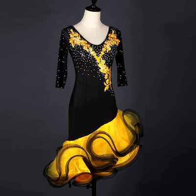 Latin Dance Costume competition dress with diamond-set sleeve in screen adult Latin dance dress
