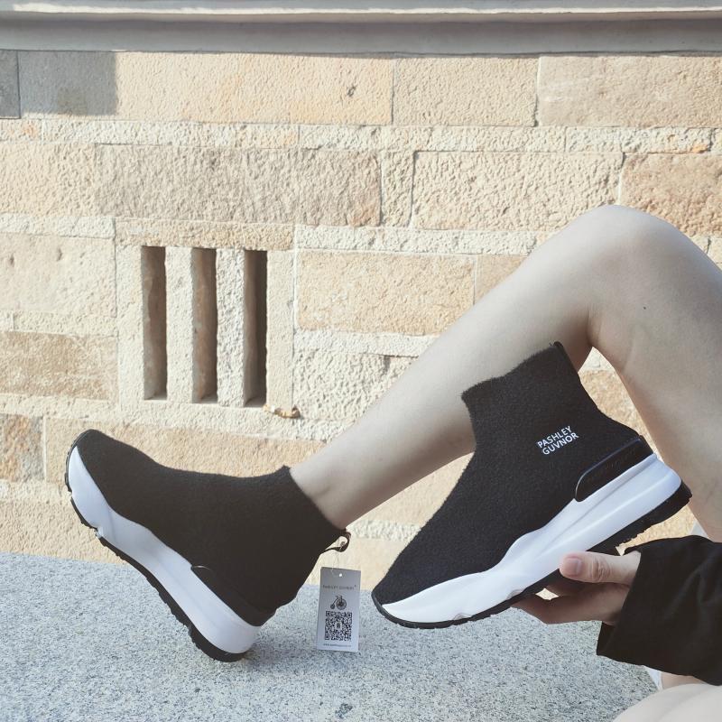 春秋款高帮袜子女士鞋弹力厚底透气鞋防臭增高休闲鞋韩版套脚潮鞋
