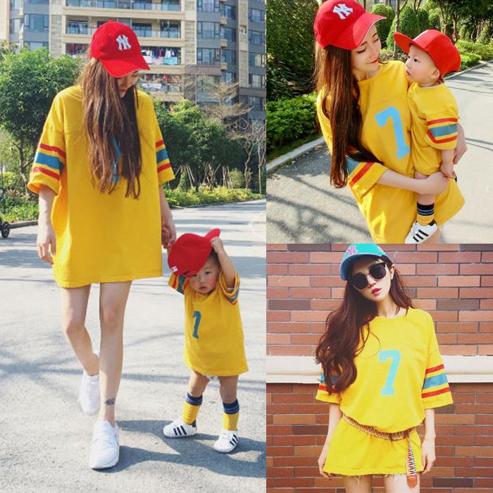 抖音母女装2019夏短袖三口宽松母子服v母女T恤一家亲子装洋气棒球