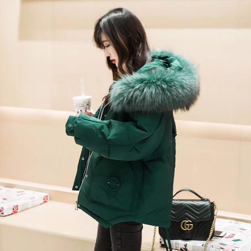 羽绒服女短款加厚2018欧洲站冬季新款超大毛领白鸭绒五角星款外套