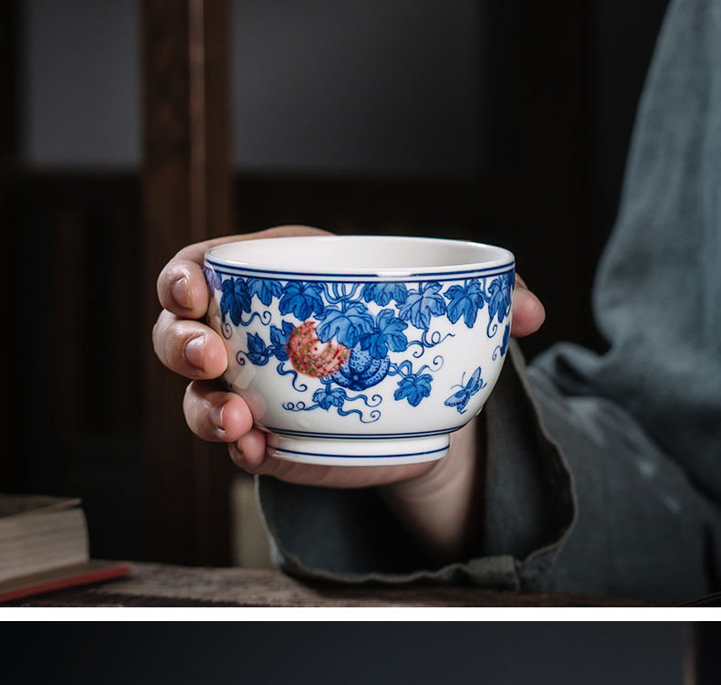 The Owl up jingdezhen blue and white youligong single master cup tea cups tea cup hand - made pumpkin line