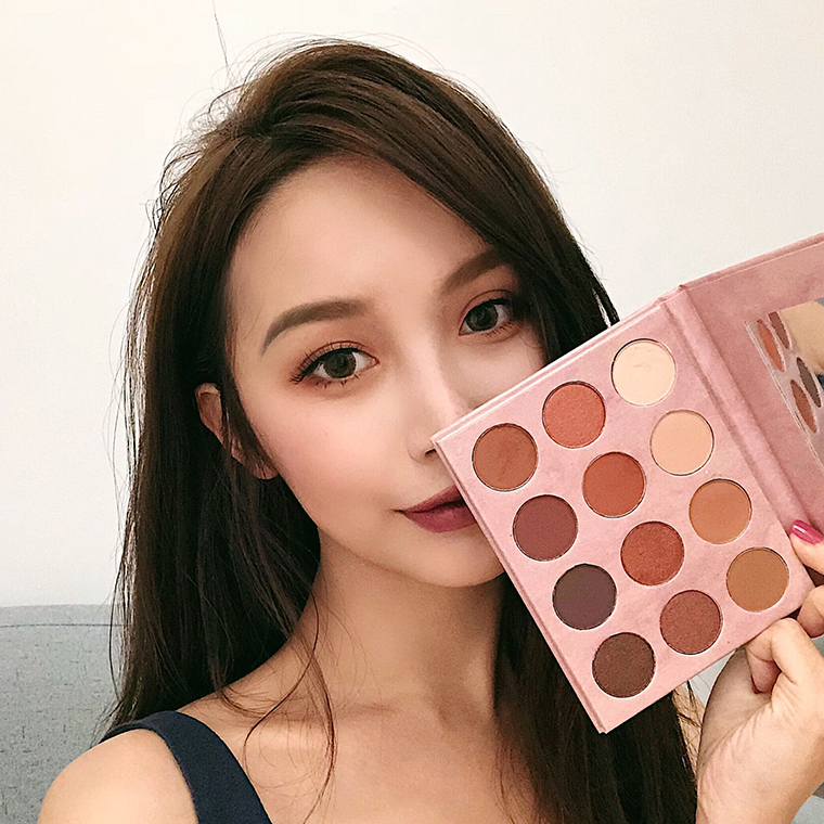 Image Is Loading New Hot Morphe Palette 35 Color Eyeshadow