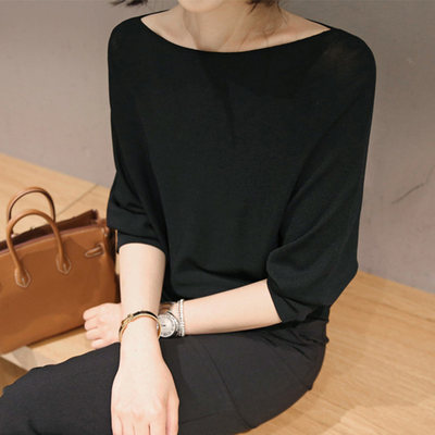 Spring and Autumn 2021 new five-point sleeve knitted female thin section loose word collar clothes female ice silk in sleeve bottoming shirt