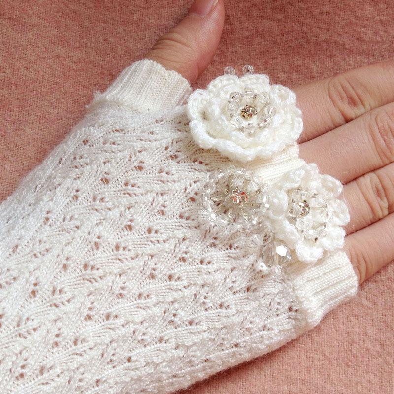 卓家同款 秋冬长款羊毛保暖袖套F1480503镂空订珠半指手套女