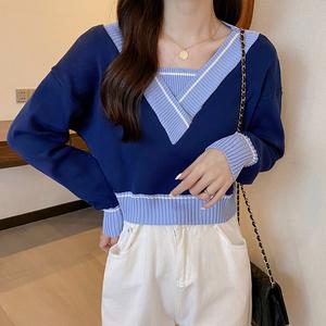 2021新款早秋韩版网红V领设计感假两件套头短款百搭针织衫上衣女