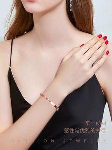 馨瑶【七夕情人节】国际新款钻石18K手镯