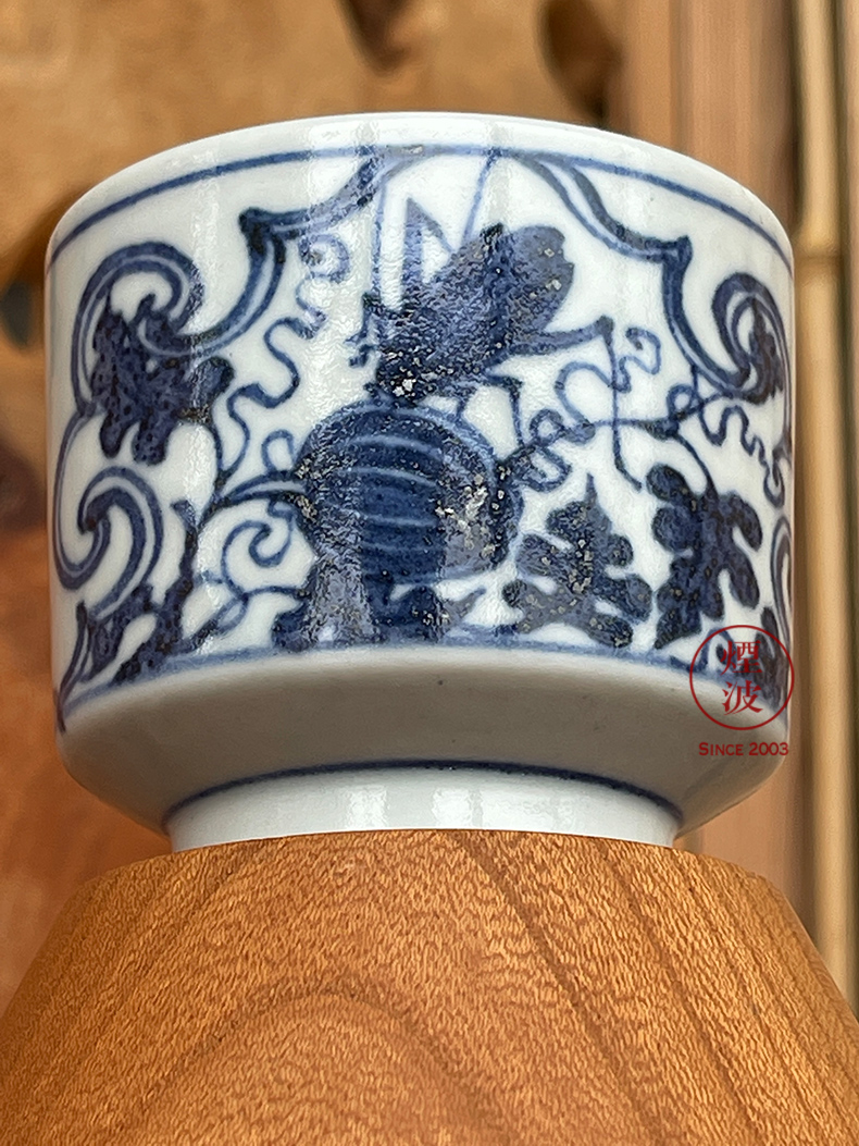 Hand - made imitation of yuan blue and white porcelain of jingdezhen g frequently hall window for fruit insect lines straight keller cup