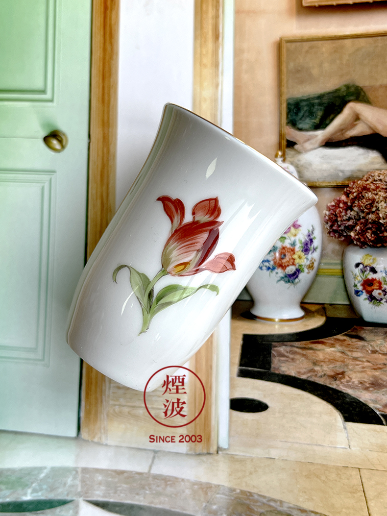 German MEISSEN porcelain mason see tulip fragrance - smelling cup series naturalistic painting of flowers and cups