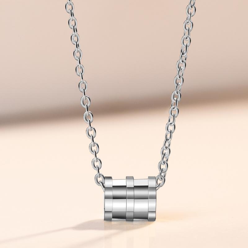 s925纯银项链锁骨链四叶草吊坠简约森系网红饰品送女朋友生日礼物