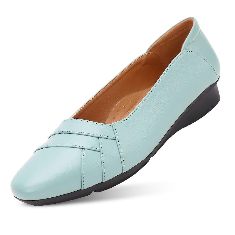 妈妈鞋单鞋女秋季软底女舒适真皮平底大码中老年女鞋2020春季新款