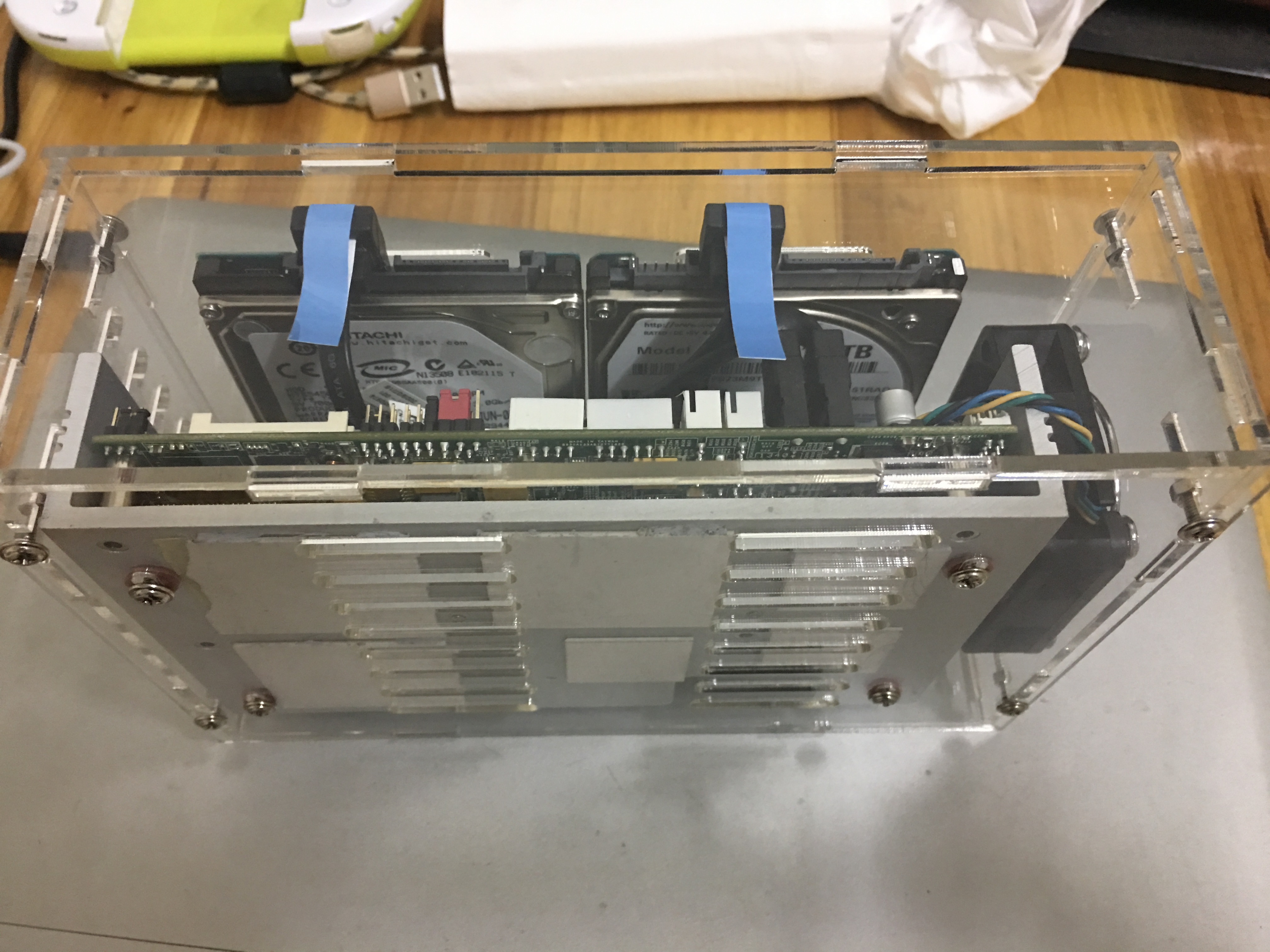 DIY2盘位黑群晖2.5寸硬盘亚克力外壳D525 12V供电,巴掌大
