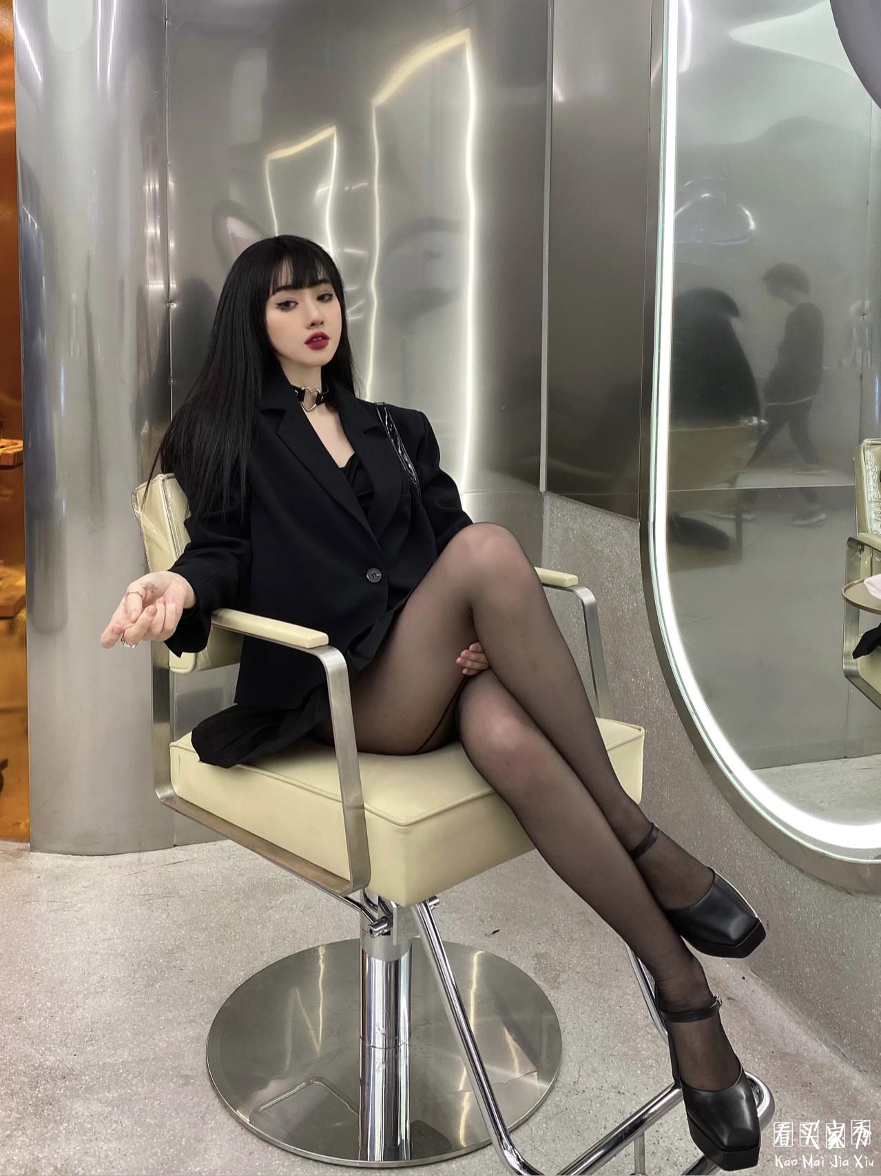 百褶短裙小西装买家秀,黑长直,又辣又可爱