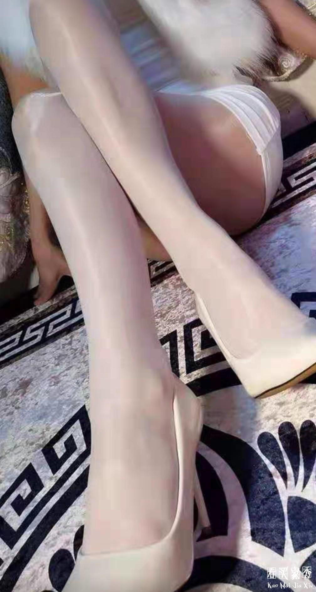超薄珠光连体丝袜,性感小野猫的必备神器4