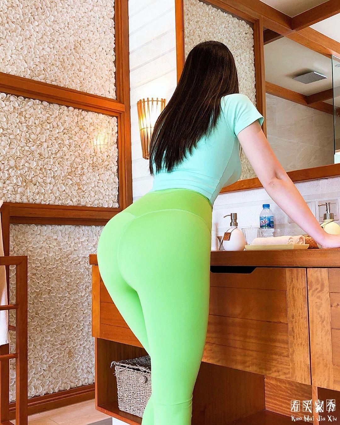 性感紧身蜜桃臀瑜伽裤买家秀,绿是挺绿的就是不知道你男友能接受不