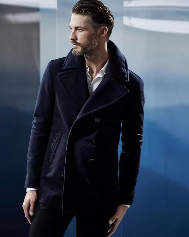 经久不衰,绅士都爱的海军大衣