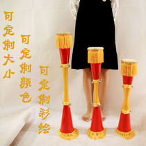 Craft of slender students in national dance of Miao Yao long drum in Guangxi